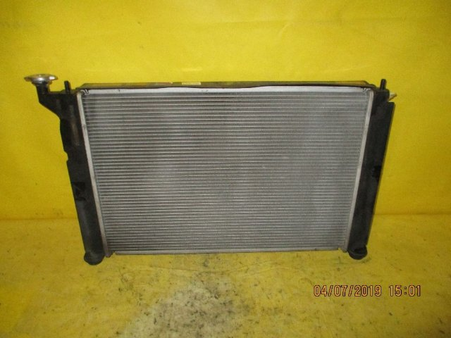 Радиатор двигателя на Toyota Caldina AZT241W, AZT246W 1AZ-FSE