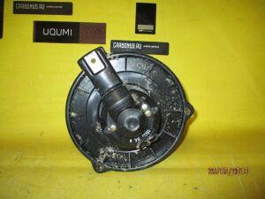Мотор печки на Toyota Corolla Runx NZE121