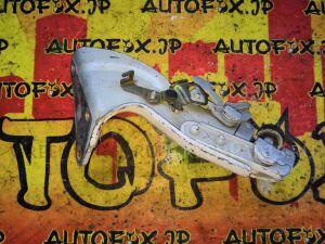 Ролик двери на Toyota Raum EXZ10