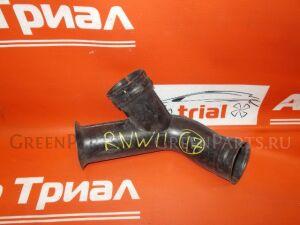 Патрубок воздушн.фильтра на Nissan Avenir RNW11 QR20DE