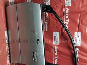 Дверь на Toyota Ipsum SXM10G 3S-FE