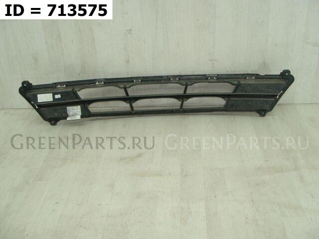 Решетка бампера на Hyundai Solaris I Рест. (2014-2017) Седан