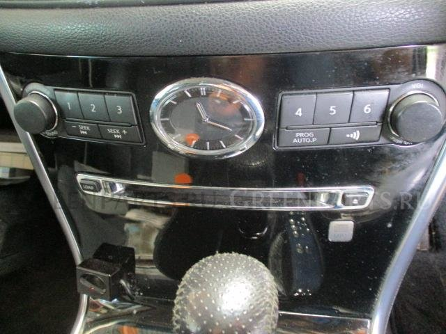 Автомагнитофон на Nissan Fuga GY50 VK45DE