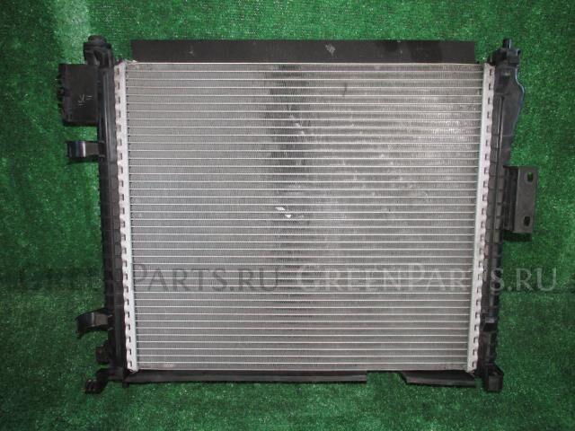 Радиатор двигателя на Nissan Note E12 HR12DE