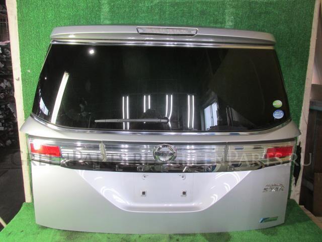 Дверь задняя на Nissan Elgrand PE52 VQ35DE