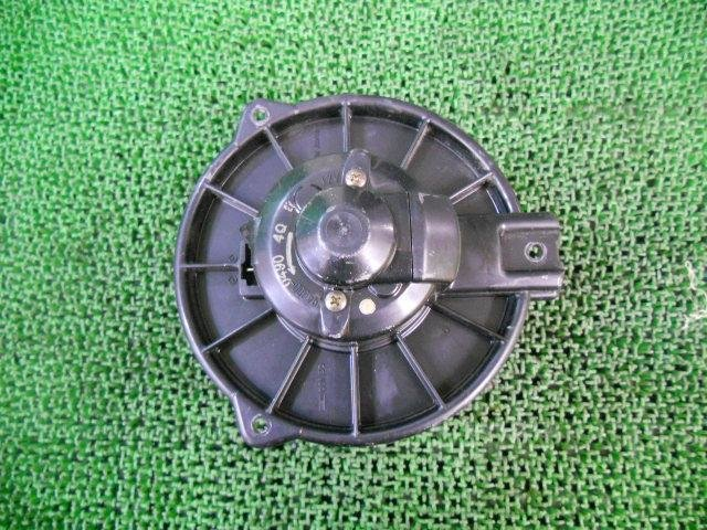 Мотор печки на Toyota Corolla II EL51 4E-FE