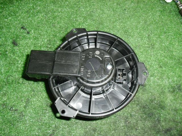 Мотор печки на Suzuki Alto HA24S K6A