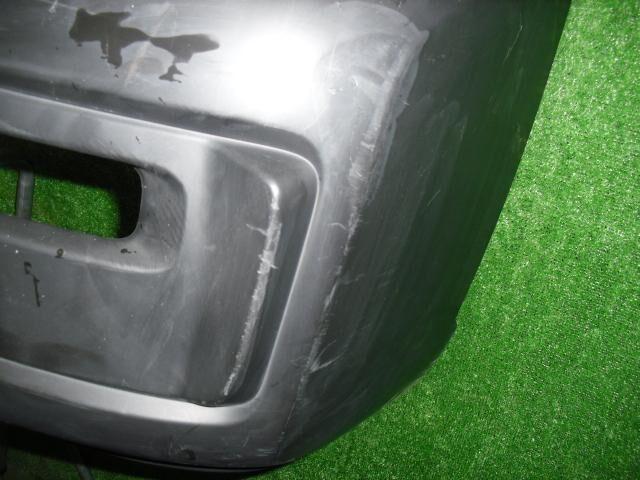 Бампер на Nissan Caravan VWE25 ZD30DD