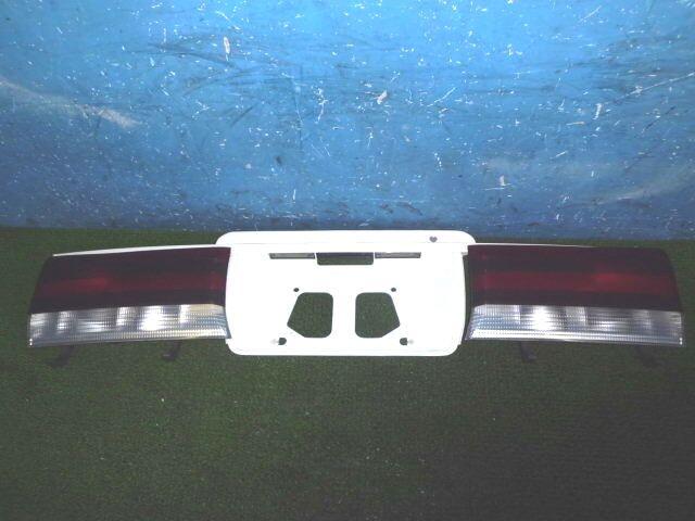 Стоп-планка на Toyota Regius RCH47W