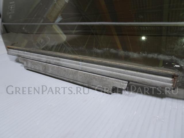 Стекло на Toyota Land Cruiser UZJ100W 2UZ-FE