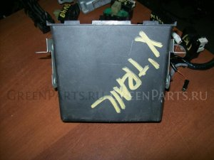 Бардачок на Nissan X-Trail NT30
