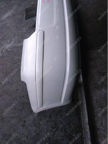 Бампер на Toyota Avensis AZT250 1AZ БЕЛ СЕДАН