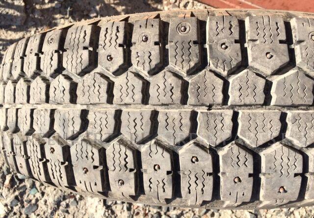 шины Bridgestone WT-14 205/75R15 зимние на дисках R15