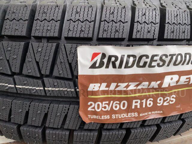 шины 2019 год Bridgestone Blizzak Revo GZ 205/60R16 зимние