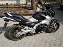 мотоцикл SUZUKI GSR 400