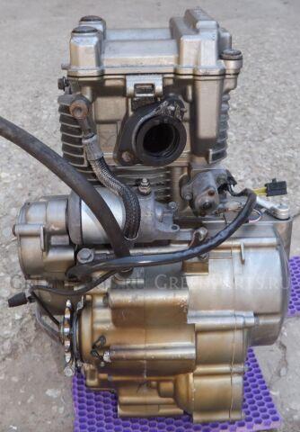 Двигатель на SUZUKI Djebel 250 SJ45A J425