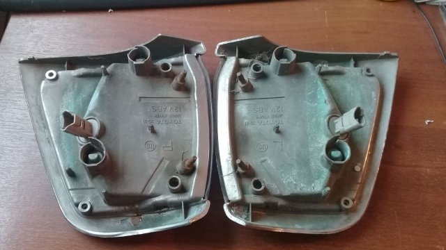 Габарит на Toyota Hilux VZV80 35-31