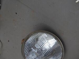 Фара на Mitsubishi Pajero LO49G 4D56