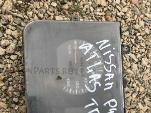 Панель приборов на Nissan Atlas P4F23 TD27