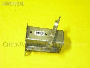 Крепление бампера на Honda Orthia EL2