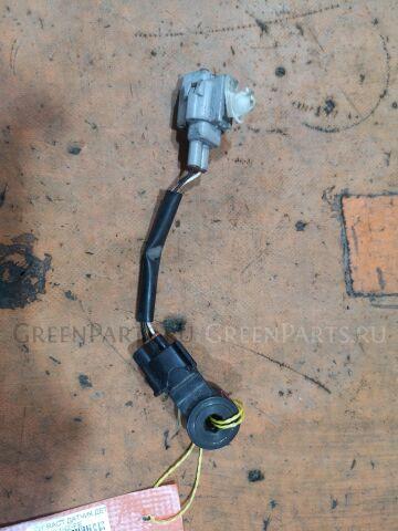Датчик детонации на Toyota Alphard ANH10W, ANH15W 2AZ-FE