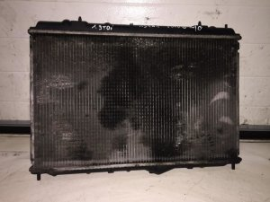 Радиатор на Volvo V40