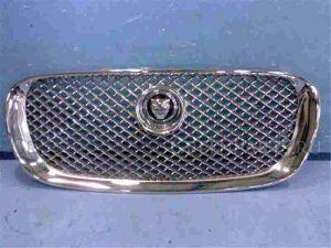 Решетка радиатора на Jaguar Xf SAJKC05H0BFR95850 FB