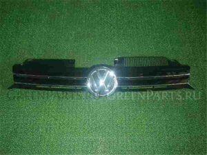 Решетка радиатора на Volkswagen Golf WVWZZZ1KZAW363424 CBZ